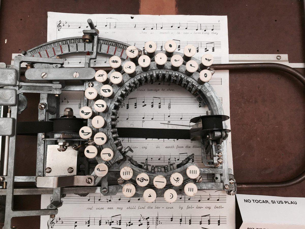 Musical typewriter